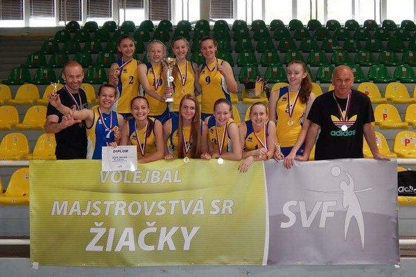 Staršie žiačky Sniny. Dosiahli skvelý úspech na majstrovstvách Slovenska.