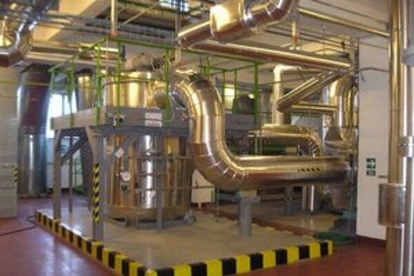 Prevádzka. V Humennom vyrábajú vlákna pre výrobcov pneumatík.