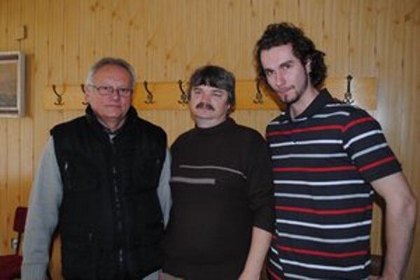 Janko Hromo (zľava), Jaro Melník a Vlado Krivjančin. Vydali spoločné vyhlásenie.