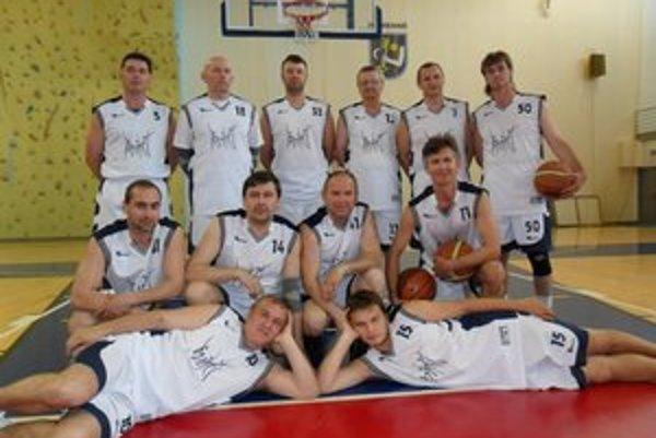Pivné kvasinky Humenné. Basketbaloví harcovníci i amatéri.
