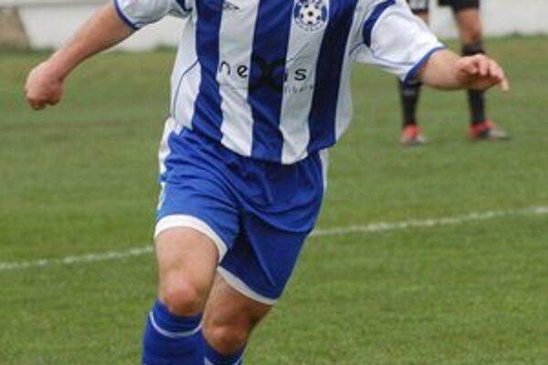Tomáš Opiela. Stal sa hráčom FC Borov.