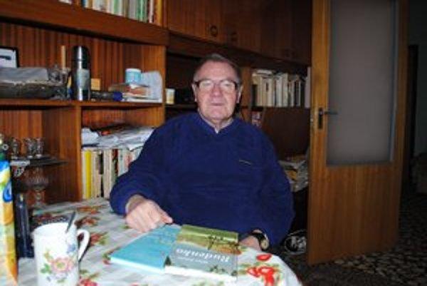 Milan Zelinka. Do Papína sa priženil a začal tu písať.