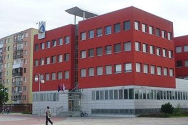 V humenskej pobočke Sociálnej poisťovne sa podľa súdu podplácalo.