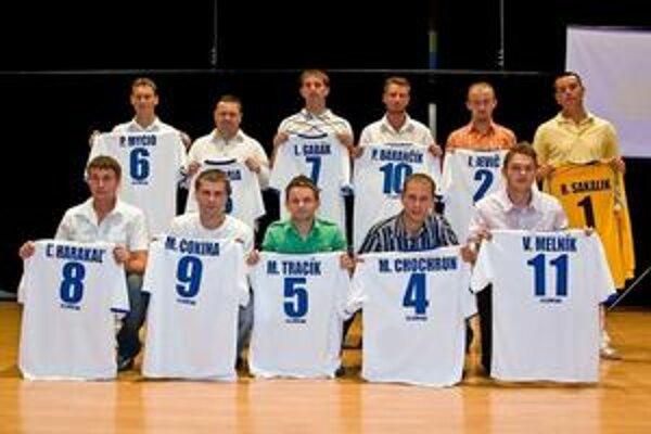 Jedenástka I. triedy. Podľa hlasovania klubov Zostava sezóny 2008/2009 humenského regiónu.
