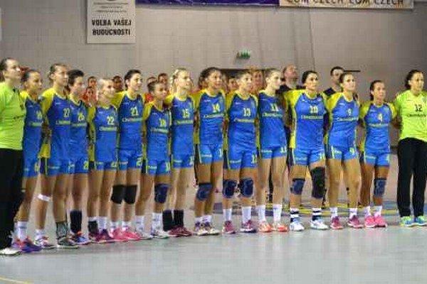 V Rumunsku nenadviazali na výsledky z domáceho turnaja. Michalovské hádzanárky v Baia Mare zaknihovali dve prehry, v tréningovom súboji s domáci remizovali.