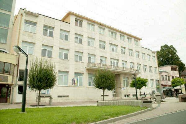 Budova bývalého michalovského okresného súdu. Zbojník Andrej Ivan bol umiestnený v jeho väzniciach.