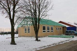 Prístavba školy. V marci by už mala byť otvorená.