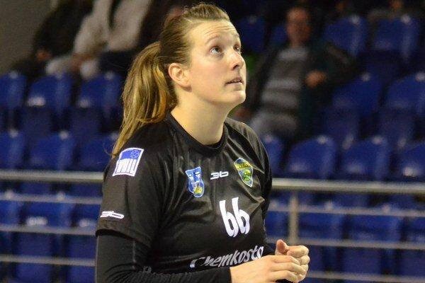 Adriana Medveďová. V Olomouci prvýkrát skórovala medzi ženami.