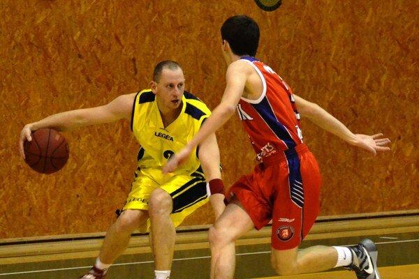 Dosiahli jubilejné desiate víťazstvo vsezóne. Michalovskí basketbalisti si triumfom nad UVLF Košice upevnili tretiu priečku vtabuľke.