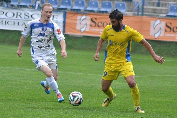 Najlepším strelcom Michaloviec je Samuel Garcia Bayón. Španielsky legionár (vpravo) skóroval aj v Liptove a na svojom konte má už 6 gólov.