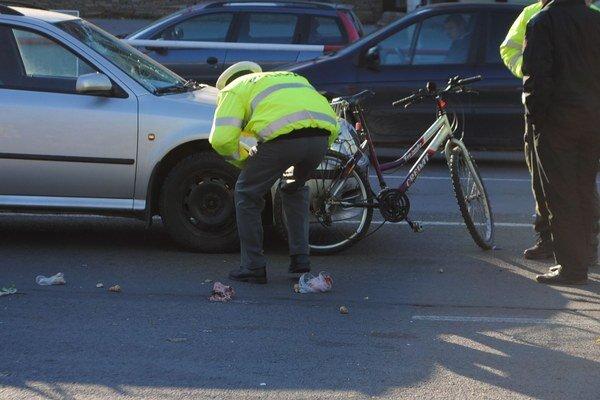 Policajná akcia potvrdila, že mnohí chodci a cyklisti nepoužívajú reflexné prvky. Navyše niektorí cyklisti jazdia pod vplyvom alkoholu.