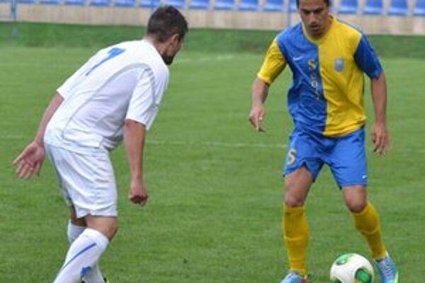 Jedna z najväčších opôr mužstva. Michal Vanák (vpravo) mal veľmi dobrú sezónu.