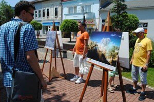 Galéria pohľadov. Zaujímavé fotografie, ktoré zachytávajú mesto Michalovce a jeho okolie môžete obdivovať priamo v centre mesta.