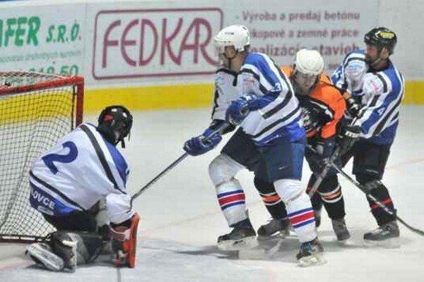 Tigri zaznamenali prvú porážku. Nestačili na mužstvo Fann Sport Team.