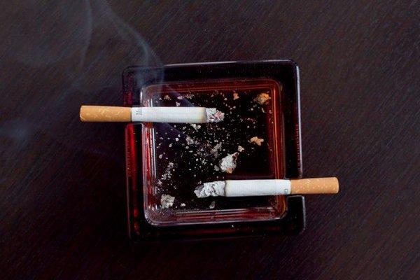 Chuť na cigaretu sa mohla stať mladíkovi osudnou.