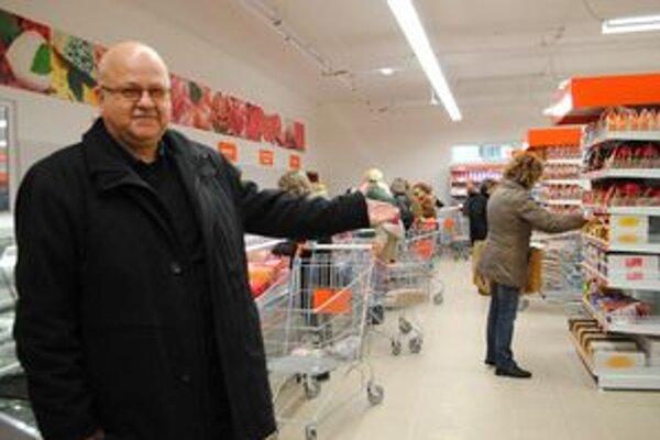 Nový supermarket COOP Jednota ponúka široký sortiment tovarov.