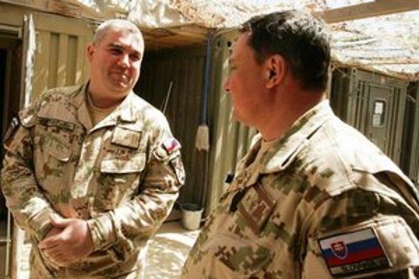 Marek Stretavský (vľavo). Michalovčan musí byť trochu otcovský a trochu vodcovský.