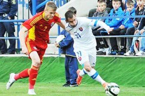 Slováci predviedli dobrý výkon. Napriek tomu však nebodovali, prehrali 0:2.