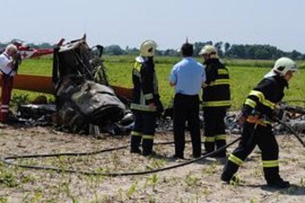 Pri tragickej nehode zomrel skúsený pilot.