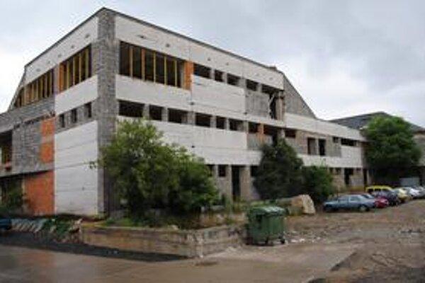 Rozostavaná tržnica v centre Michaloviec.