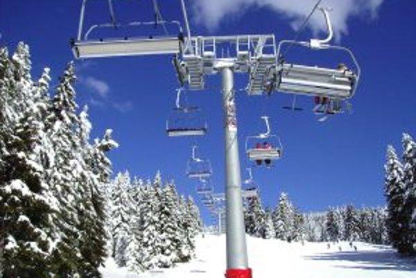 Podľa vedenia spoločnosti Tatry Mountain Resorts najviac prispelo k dosiahnutému výsledku stredisko lanoviek a vlekov a hotel Grand.