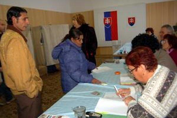 Komunálne voľby. V rómskych okrskoch bola vysoká účasť, ale o konečnom výsledku tentoraz nerozhodovala.
