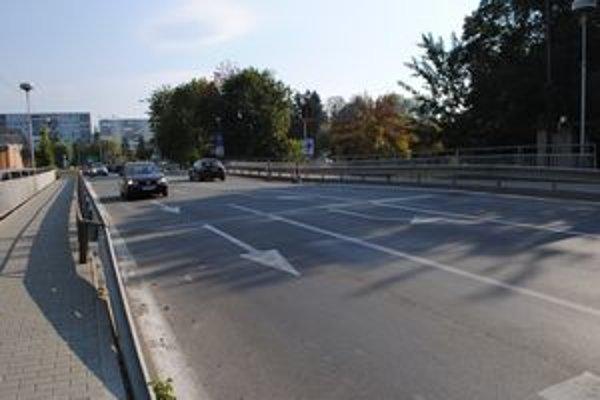 Havarijný stav. Most na Ulici SNP v Snine musia rekonštruovať.