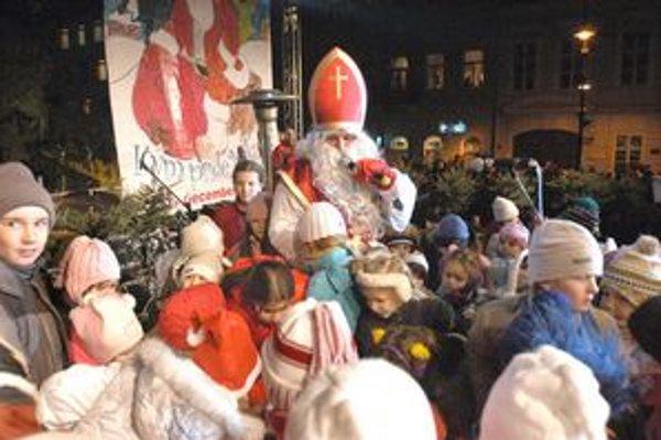 Sviatok sv. Mikuláša. Pre deti je jedným z najobľúbenejších sviatkov.