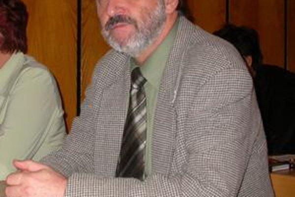 Poslanec. Jurajovi Potuckému odklepli kolegovia poslanci viac, ako jeho konkurencii.