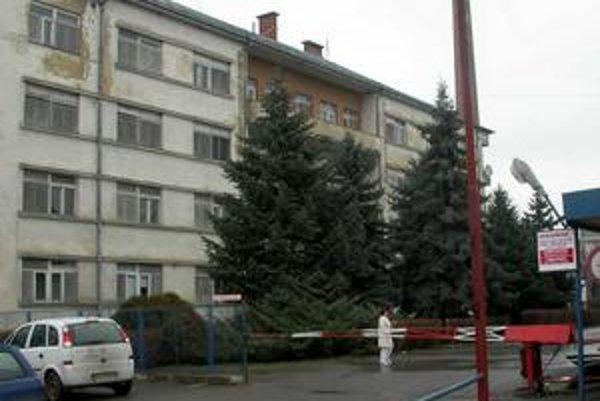 V Michalovciach poplach. Príchod Ukrajincov narazil na odpor slovenského personálu.