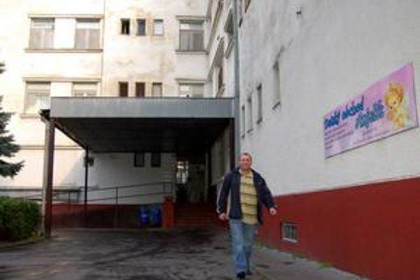 Na pôrodnici je horúco. Prišiel nový ukrajinský lekár, dvaja slovenskí dali deň predtým výpoveď.