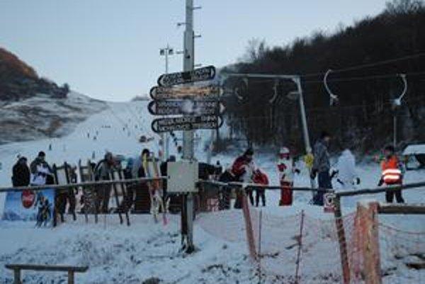 Ski park Chlmec v súčasnosti ako jediný v Zemplíne ponúka kvalitnú lyžovačku.