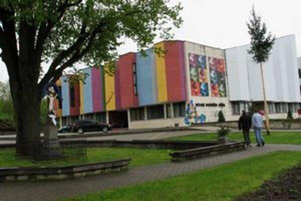 Budova múzea v Medzilaborciach.