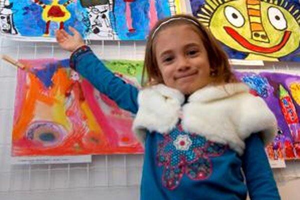 Škôlkarka Barborka Bodnárová nie je v rodine jediná, kto maľuje. Maľuje aj jej mamka a cenu v súťaži vyhral aj jej brat.