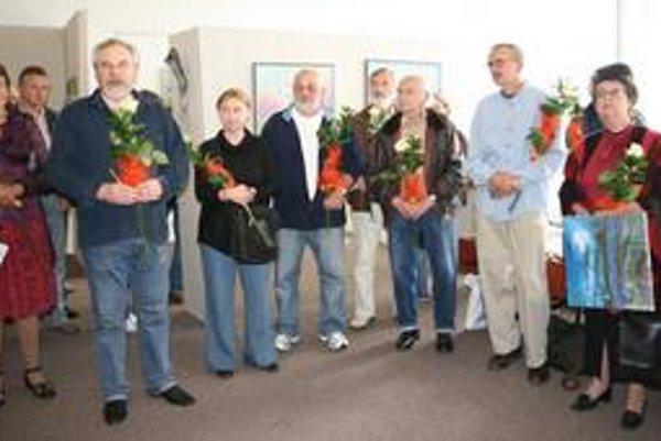 Výtvarníci. Diela 16 autorov vystavujú v galérii MsKS v Michalovciach.