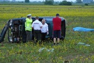 Nehoda sa stala vodičovi auta osudnou.