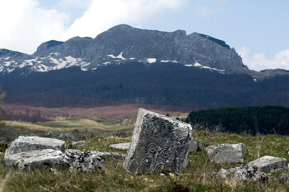 Kamenné náhrobky v bývalej Juhoslávii
