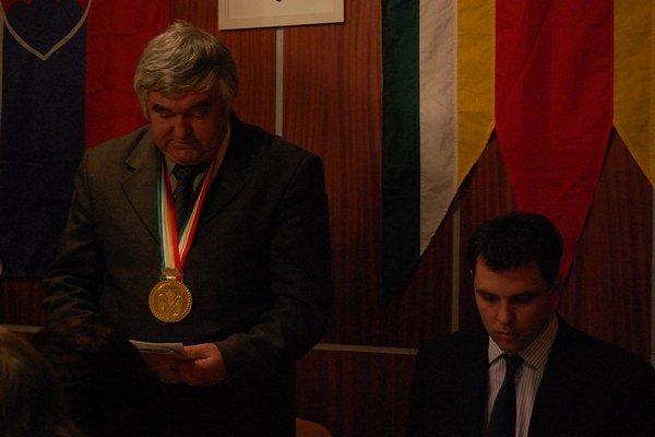 Kojšovský exstarosta R. Kušnír (na snímke vľavo) čelí vážnemu obvineniu.
