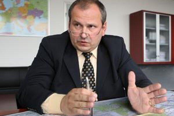 Šéf Národnej diaľničnej spoločnosti Igor Choma aj zopakoval, že sa  pri mýtnom tendri postupovalo korektne a v zmysle zákona o verejnom obstarávaní.