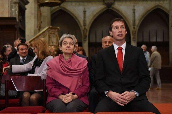 Na snímke generálna riaditeľka UNESCO Irina Bokovová (vľavo) a primátor Levoče Milan Majerský počúvajú organový koncert v Bazilike svätého Jakuba.