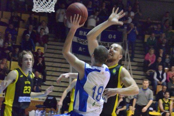 Do novej sezóny s posilami. V sobotu sa ide po prvýkrát na extraligový basketbal. Spišiaci skúšajú nové posily.