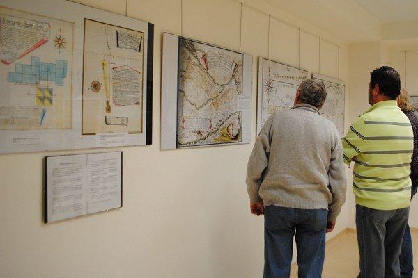 Výstava Historické mapy na Spiši. Približuje minulosť baníctva tohto regiónu.