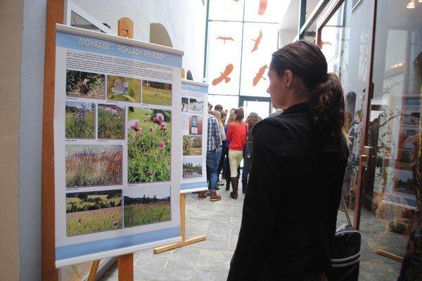 Mokrade – poklady prírody. Výstava je otvorená v Stredisku environmentálnej výchovy v Spišskej Novej Vsi.