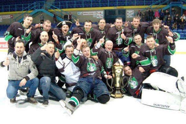 Víťazom druhého ročníka SAHL 2014/2015 sa stali hokejisti HK Spišský Štvrtok.