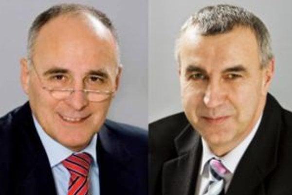 Odchádzajúci šéf Siemensu Peter Kollárik (vľavo) a nový šéf Vladimír Slezák.