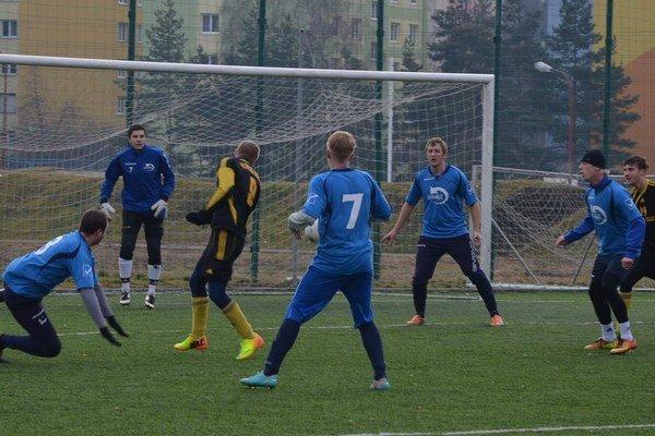Tretí po jeseni. Tak dobre, ako po jesennej časti sezóny 2013/2014, Podhradčania už dlho nestáli. Prípravu odštartovali zápasom v Sp. Novej Vsi.