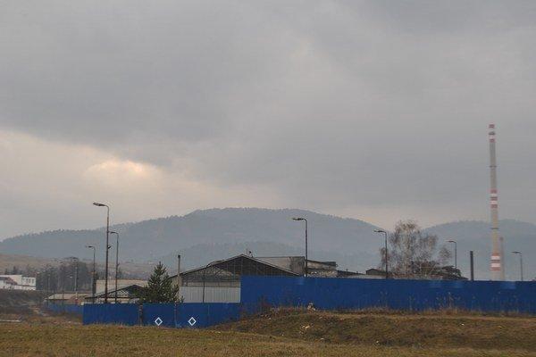 Priemyselná zóna mesta. Tu vznikli priestory pre priemyselný park. Už 65 rokov tu pôsobí SEZ.