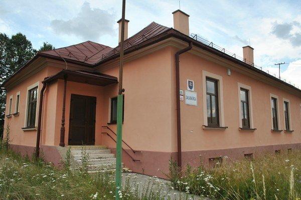 Budova na Prešovskej ulici 20. Pôvodne sa tu vyučovali žiaci I. stupňa zo ZŠ na Školskej ulici.