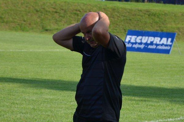Komara ako tréner končí. Dlhoročného kormidelníka Jozefa Komaru (na snímke) strieda tréner zvučného mena František Kunzo.