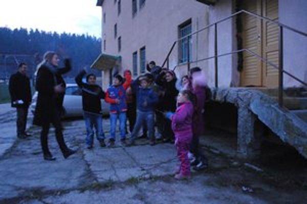 Dobrovoľníčka Mária sa venuje rómsky deťom bez nároku na finančnú odmenu.